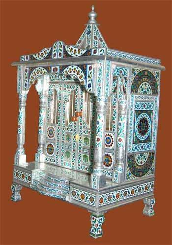 Front Pillars Alluminium Minakari Temple