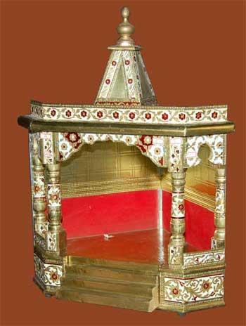 Croner Brass Mina Temple