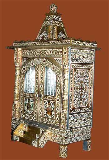 Designer Brass Mina Temple